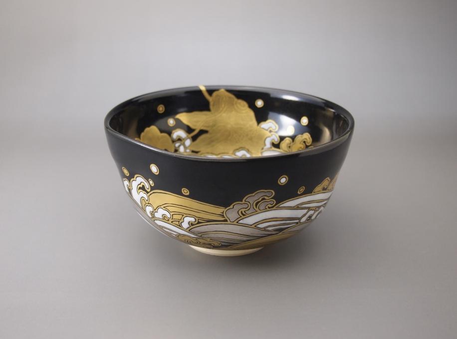 金銀彩 荒磯 茶碗
