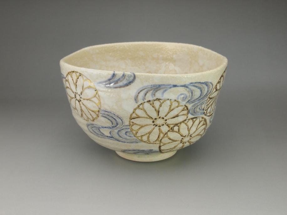 銹絵 菊流水 茶碗